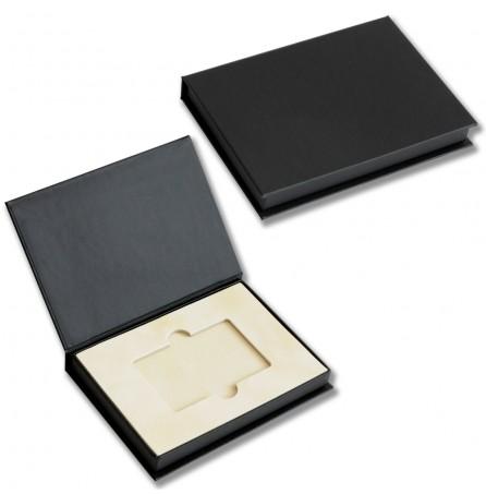 Коробка с откидной крышкой на магнитах