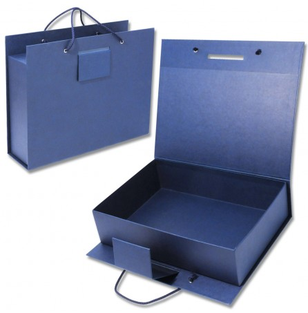 Коробка-чемодан под подарки
